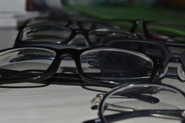 眼鏡フレーム及び部品の表面加工処理のお仕事☆